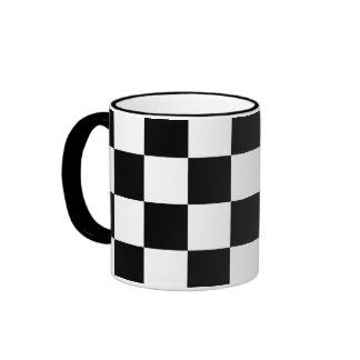 Blanco y negro a cuadros taza de dos colores