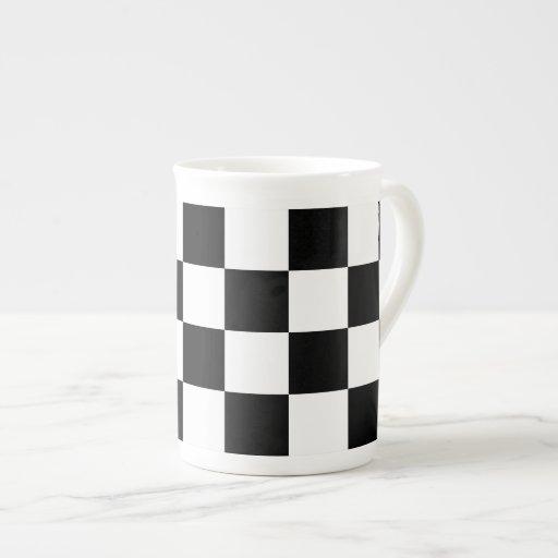 Blanco y negro a cuadros tazas de china