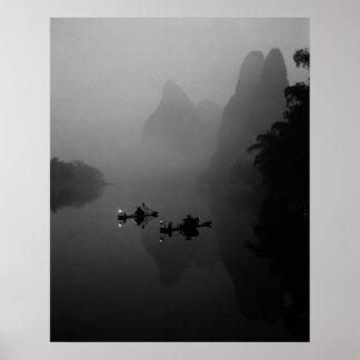 Blanco y negro, China, río de Li, pescador encendi Impresiones