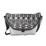 blanco y negro geomatric del modelo tribal fresco bolsas de mensajeria
