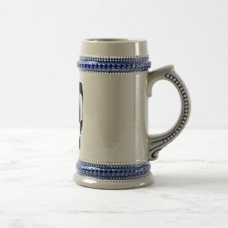 Blanco y negro mínimo jarra de cerveza