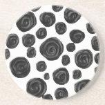 Blanco y negro, modelo de los rosas posavasos manualidades