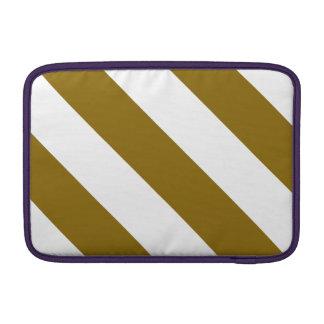 Blanco y rayas del peluquero de Brown Fundas Macbook Air