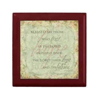 Blessed es las que confían en en el señor caja de joyas