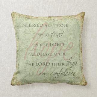 Blessed es las que confían en en el señor Pillow Cojín