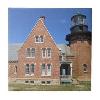 Block Island suroriental del edificio del faro Teja