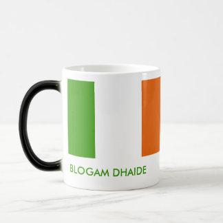 Blogam Dhaide - Dad's Cuppa in Irish Gaelic 11 Oz Magic Heat Color-Changing Coffee Mug