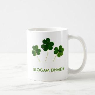 Blogam Dhaide - Dad's Cuppa in Irish Gaelic Classic White Coffee Mug