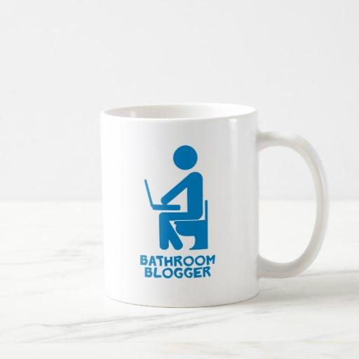 Blogger del cuarto de baño taza
