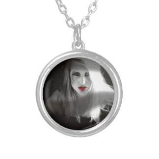Blonde bombshell noir effect silver plated necklace