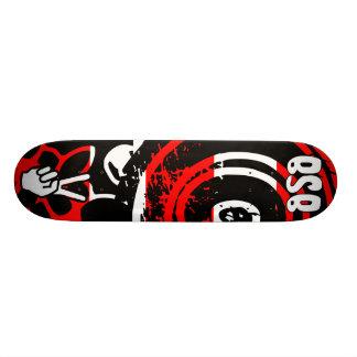 Bloody Zebra/Red Skateboard