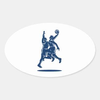 Bloque de la clavada del jugador de básquet retro calcomanía oval personalizadas