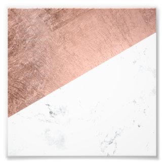 Bloque de mármol blanco del color del oro color de fotografías