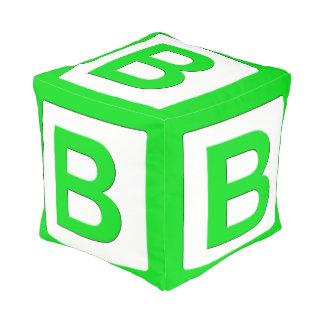 Bloque hueco gigante de la novedad (verde B) Pouf Cuadrado