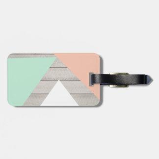 Bloque moderno de madera gris del color del trullo etiquetas maleta