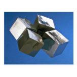 Bloques brillantes del mineral de la pirita de la  postales