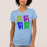 Bloques de la llama en colores brillantes en todo camisetas