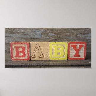 Bloques de madera del juguete viejo del bebé impresiones