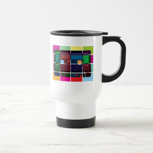 bloques del color del casete de los años 80 taza de viaje