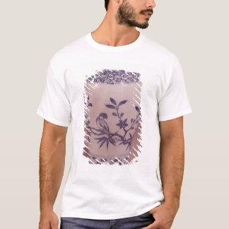 Blossom vase, Ming dynasty T-Shirt