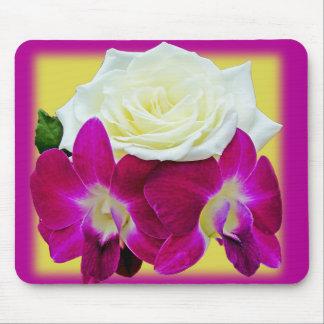 Blossoms Hearts Glaze Mousepad
