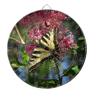 Blsck y mariposa y lilas amarillas