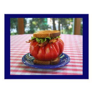 BLT con el tomate gigante Comunicados