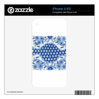 blue and white asian floral skin for the iPhone 4S