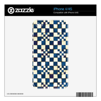Blue and White Cracked Tile Texture Background iPhone 4 Skin