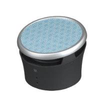 Blue and White Diamond Pattern Bluetooth Speaker