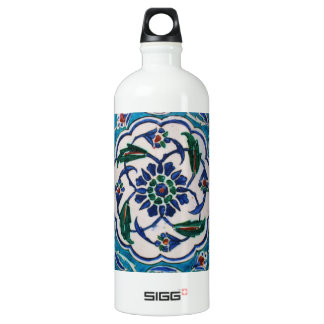 Blue and white floral Ottoman era tile design Aluminum Water Bottle
