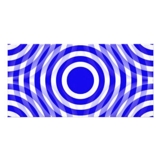 blue_and_white_interlocking_concentric_circles card