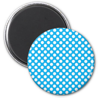 Blue and white polka dots pattern magnet