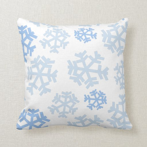 blue and white snowflake throw pillow zazzle. Black Bedroom Furniture Sets. Home Design Ideas