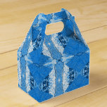 Blue bamboo favor box