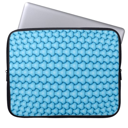 Blue chain pattern laptop sleeve