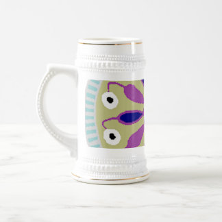 blue circle design with multicolor center beer stein