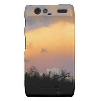 Blue clouds in a lavender sky droid RAZR covers