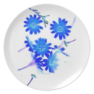 Blue colorized wild flowers scattered design dinner plate