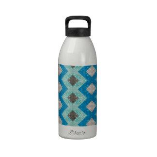 Blue Diamond Criss Cross Pattern Drinking Bottle