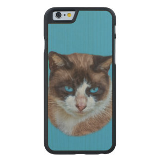 Blue Eyed Brown and White Haughty Cat Carved® Maple iPhone 6 Slim Case