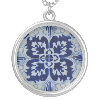 Blue flowers silver plated necklace