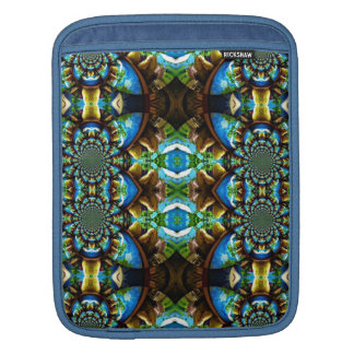 Blue Green Brown Abstract Chain Pattern iPad Sleeve