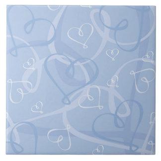 Blue heart pattern tile