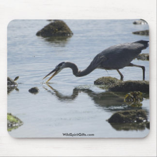 BLUE HERON CATCHING A FISH MOUSE PAD