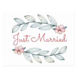 Blue Just Married Wedding Red Flower Laurel Leaves Postcard