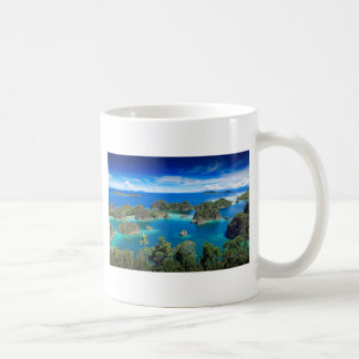 Blue lagoon paradise islands coffee mug