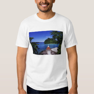 Blue Lagoon, Port Antonio, Jamaica T-shirts