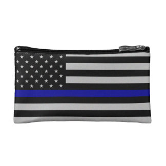Blue Line fino señala por medio de una bandera