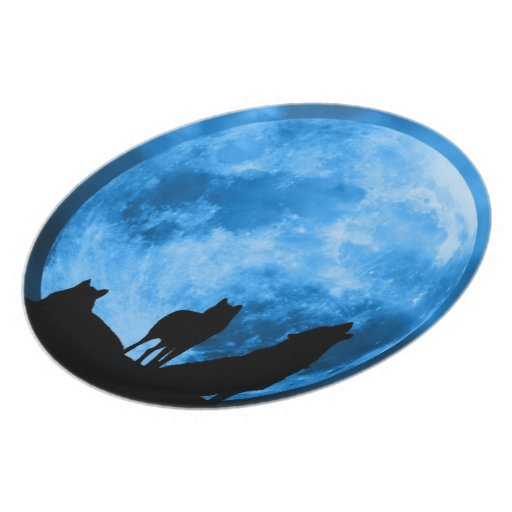 Blue Moon Howling Wolves Plate